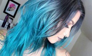 Tintura : capelli colorati